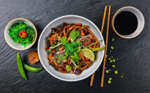 晚餐怎么吃健康 晚餐的正确吃法 晚餐要怎么吃