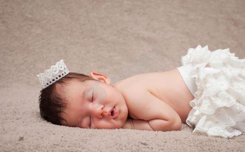 宝宝坏牙的原因 宝宝如何护牙 宝宝如何正确刷牙