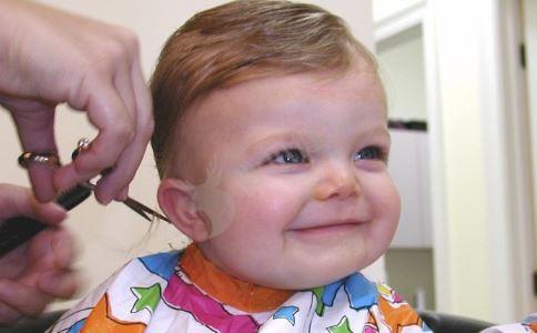 宝宝蛀牙怎么办 宝宝牙齿护理 宝宝蛀牙的原因