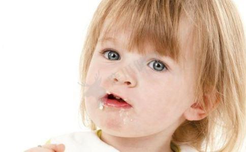 3岁宝宝呕吐怎么办 宝宝一直呕吐怎么办 宝宝呕吐怎么办