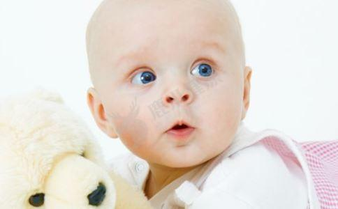 夏季宝宝穿衣指南 夏季宝宝穿衣注意什么 宝宝夏季穿衣注意事项