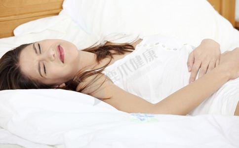 女性安全期如何自测 计算安全期有哪些方法 安全期避孕的注意事项