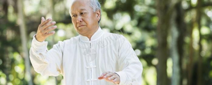 罗布麻叶泡水喝的功效 罗布麻叶泡水喝的好处 罗布麻叶泡水喝的作用
