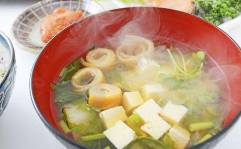 胃病吃什么食物好 胃病适合什么食物 胃病食谱