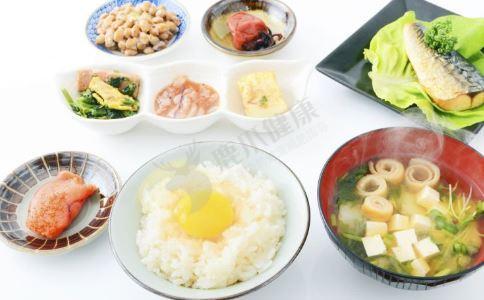 花生红枣粥的做法 肉末菜粥的做法 牛奶粥的做法