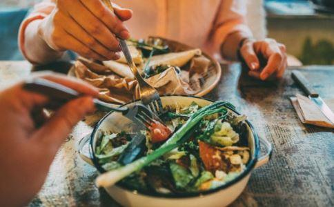 吃什么水果养肺 吃什么蔬果润燥 养肺润燥的蔬果